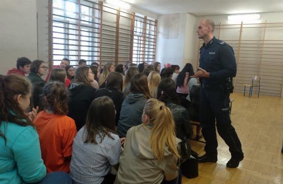 Obrazek newsa Spotkanie uczniów klas pierwszych z Dzielnicowym