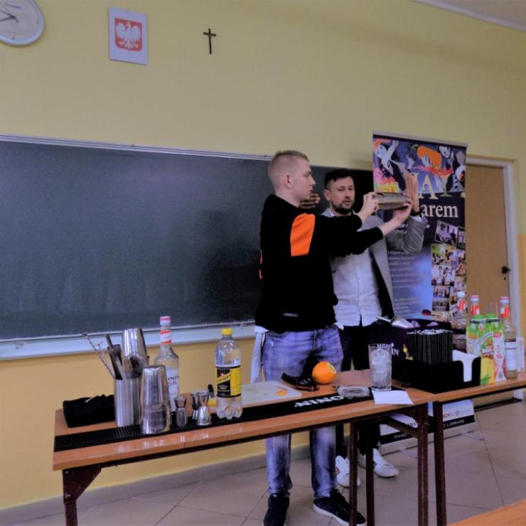 "Obrazek galerii Projekt barmański ""Ja za barem"""
