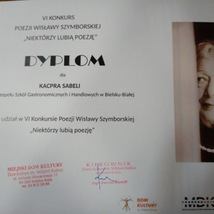 """Obrazek galerii Konkurs recytatorski poezji Wisławy Szymborskiej """"Niektórzy lubią poezję"""""""