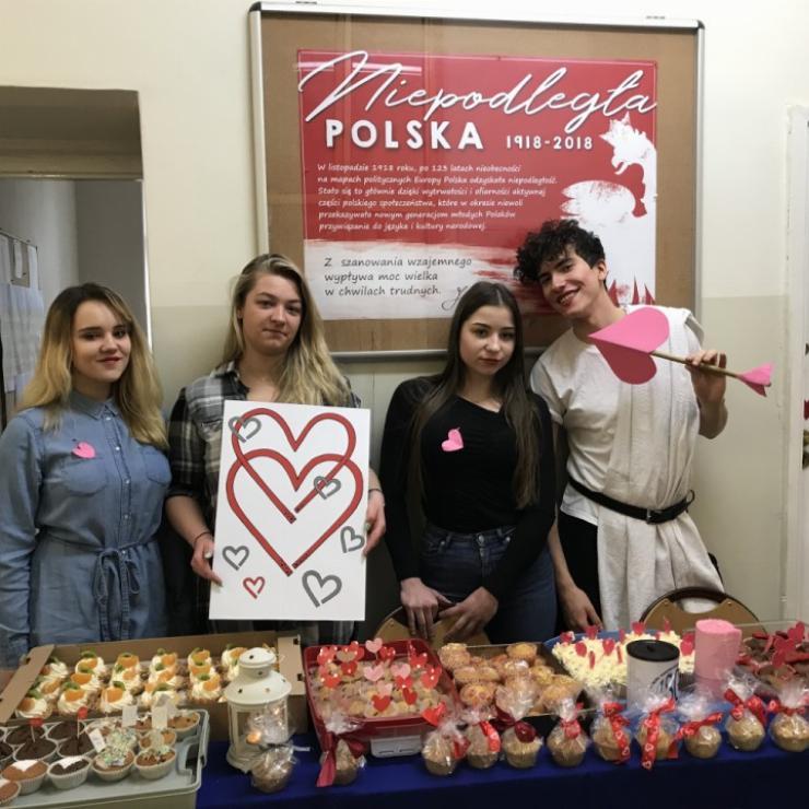 Obrazek galerii Love is in the air- walentynki w Gastronomie.