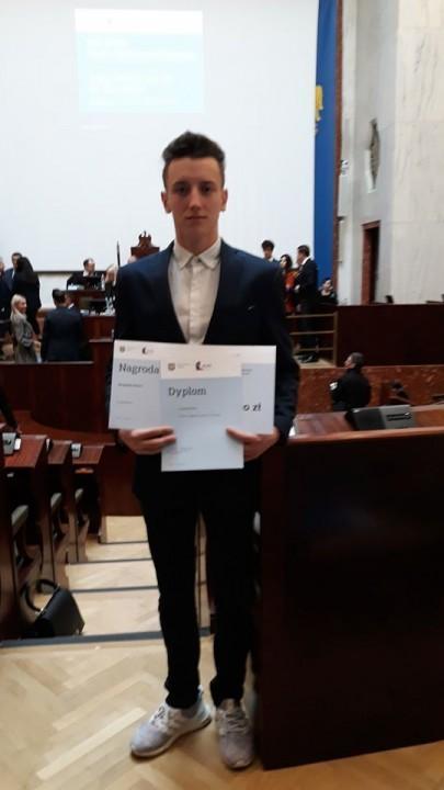 Obrazek aktualności Jakub otrzymał nagrodę Marszałka Województwa Śląskiego.